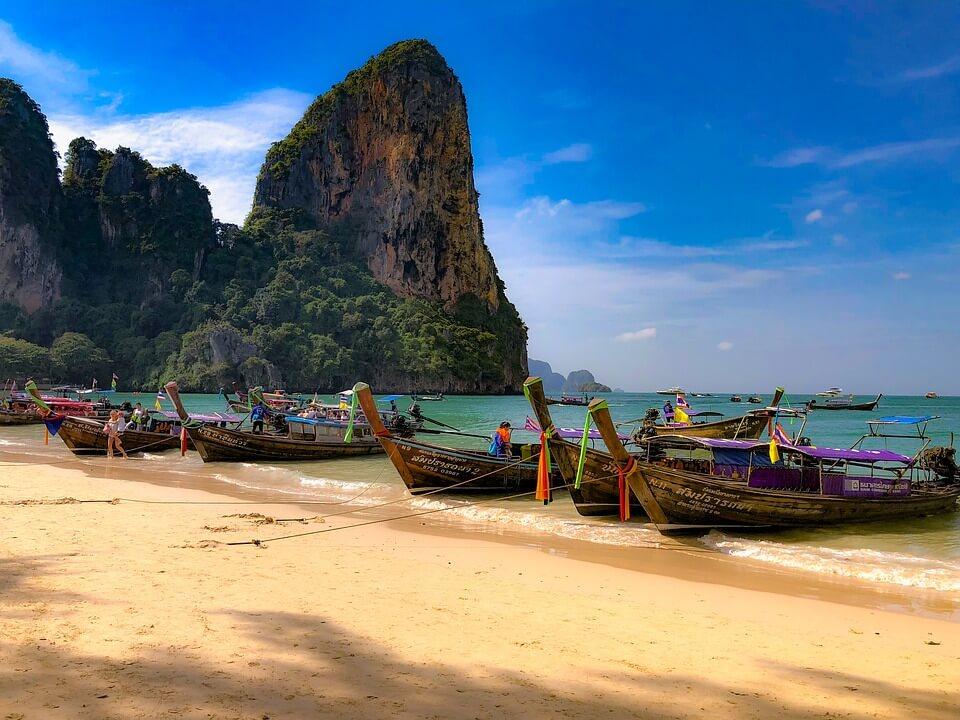 Afla de ce merita sa profiti de ofertele din 2018 pentru o vizita in Thailanda