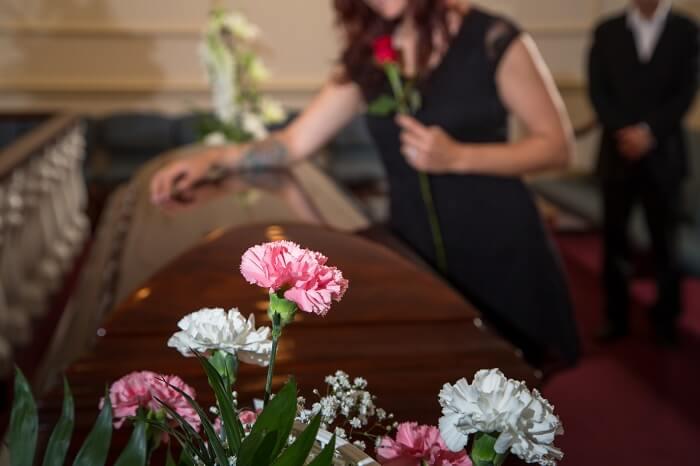 Repatrierea decedatilor implica anumite costuri