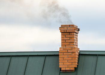Din ce material trebuie sa fie cosul de fum?